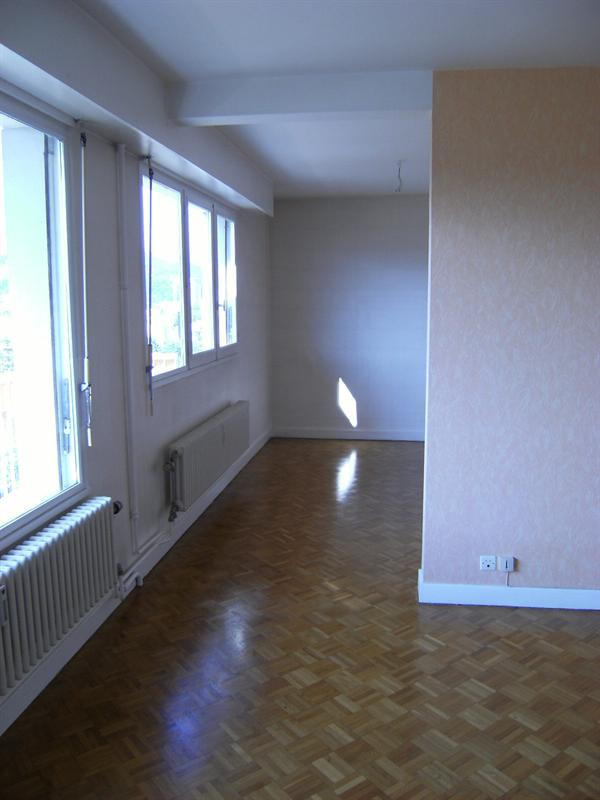 Affitto appartamento Bassens 780€ CC - Fotografia 2