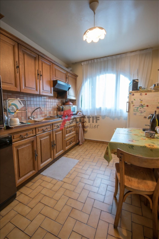 Sale house / villa Evry 247900€ - Picture 4