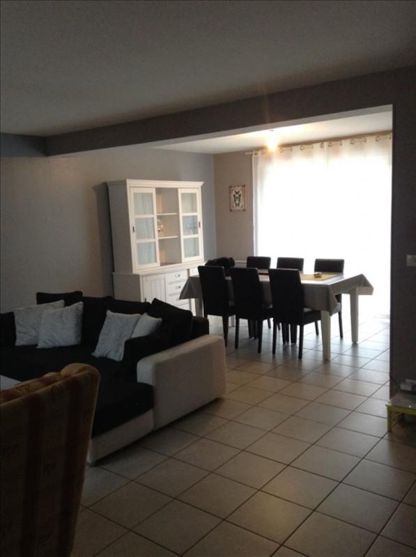 Location maison / villa St quentin 820€ CC - Photo 2