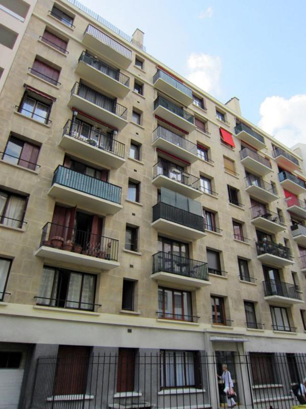 Location appartement Paris 15ème 996€ CC - Photo 1