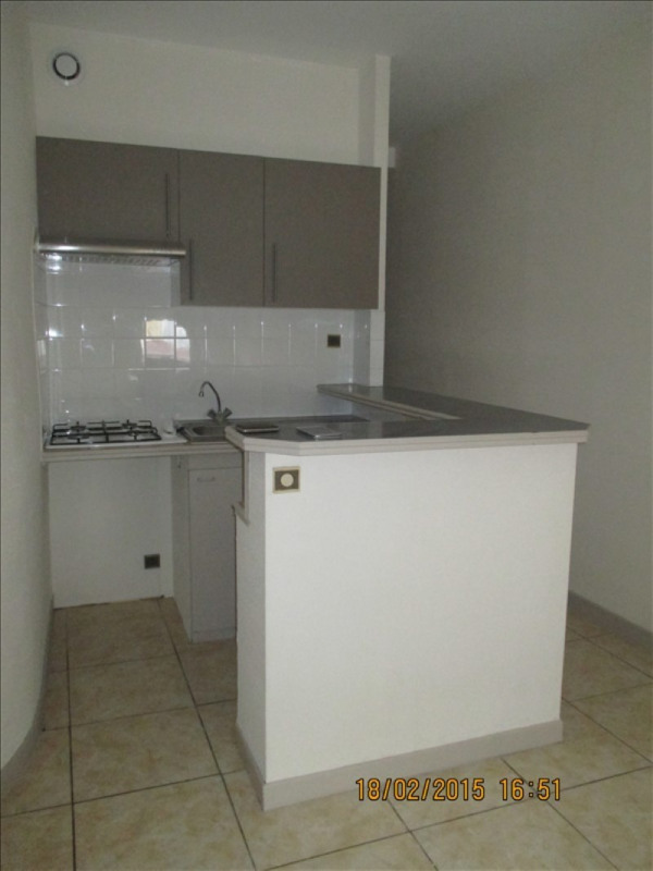 Location appartement Montauban 425€ CC - Photo 1