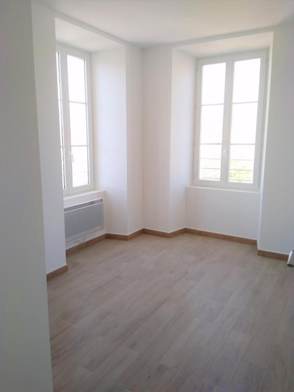 Location appartement Propriano 780€ CC - Photo 1