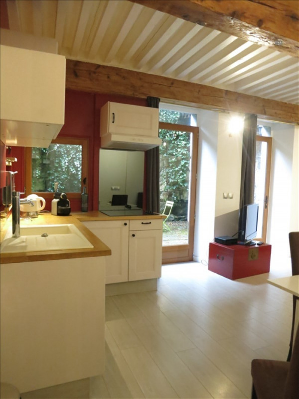 Sale apartment Annecy 286 000€ - Picture 2