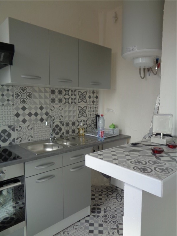 Location appartement Villeneuve le roi 750€ CC - Photo 3