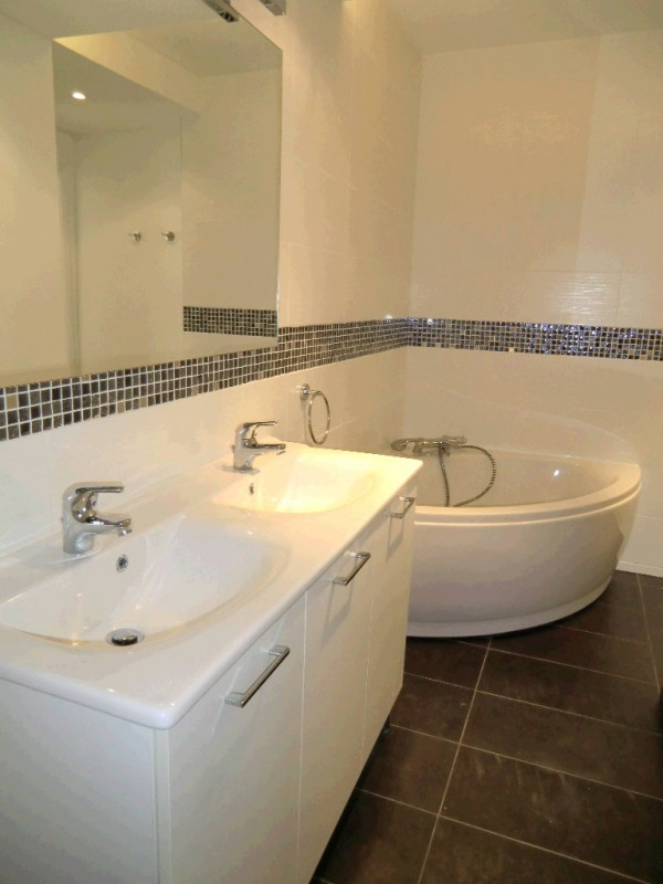 Rental apartment Aix les bains 1550€ CC - Picture 4