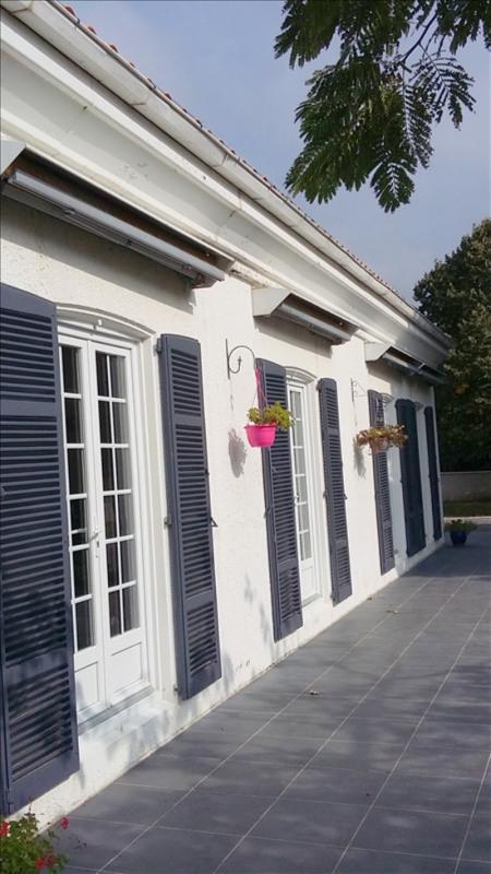 Deluxe sale house / villa Sablonceaux 295400€ - Picture 2