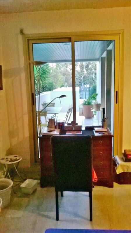 Sale apartment Marseille 8ème 384000€ - Picture 6