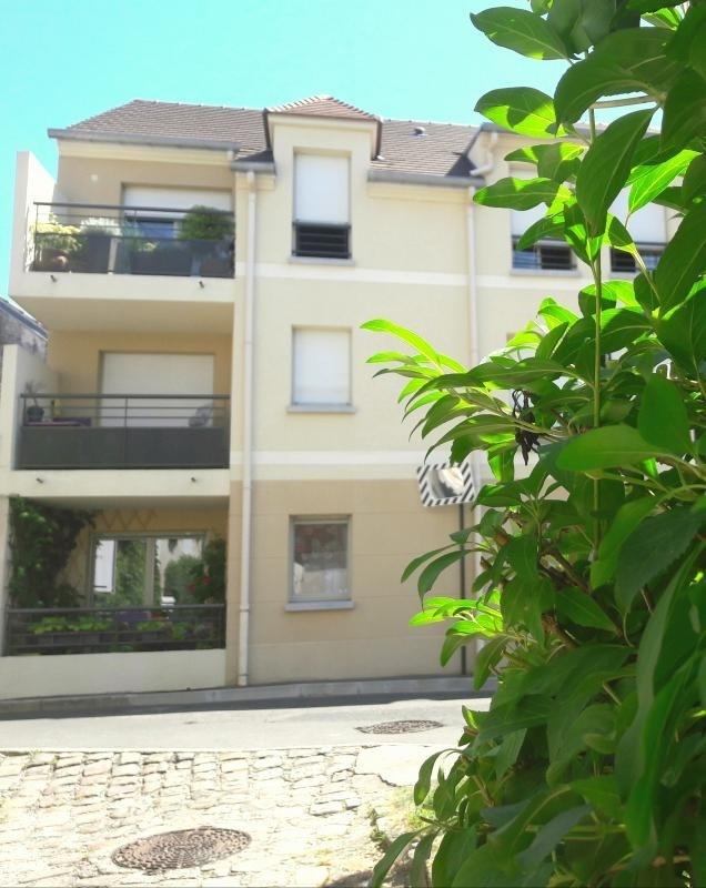 Sale apartment Bessancourt 249000€ - Picture 1