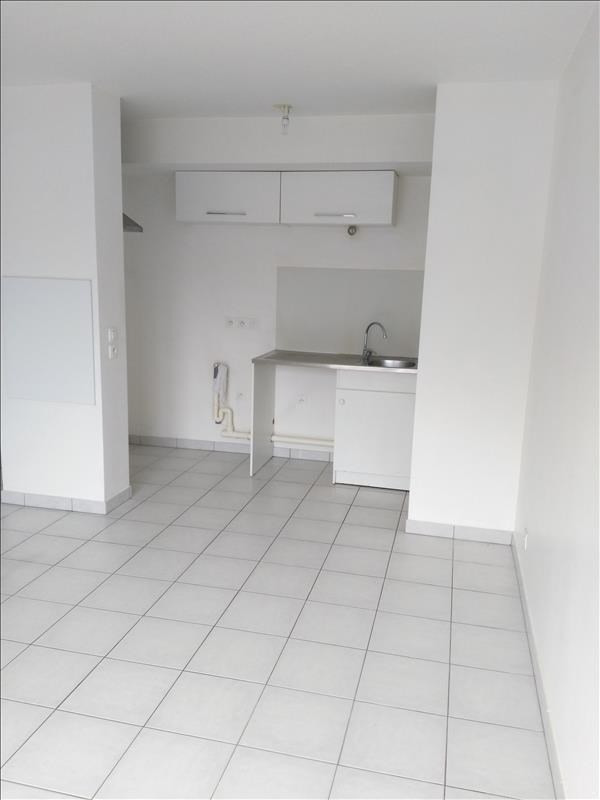 Rental apartment Osny 928€ CC - Picture 3
