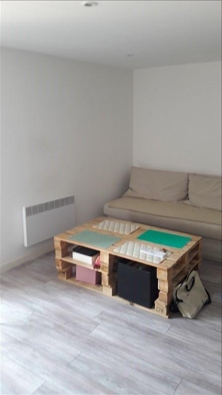 Rental apartment Aix en provence 980€ CC - Picture 2