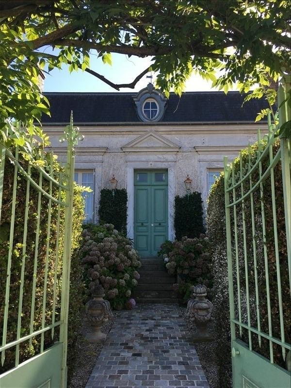 Sale house / villa Sens 330000€ - Picture 2