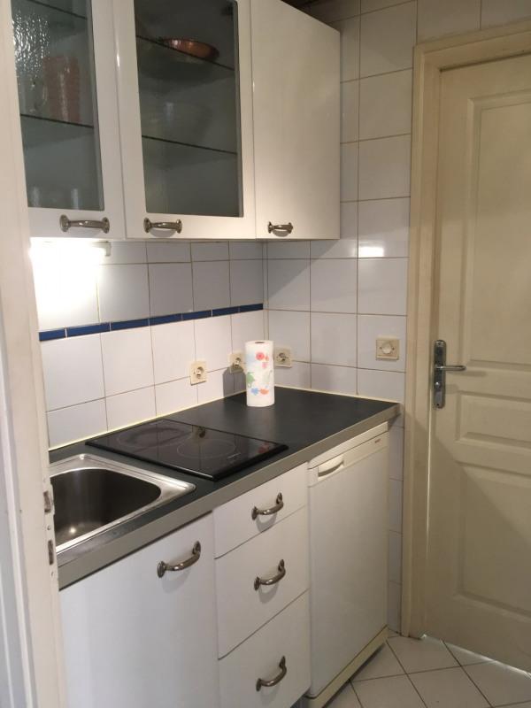 Rental apartment Paris 5ème 896€ CC - Picture 3