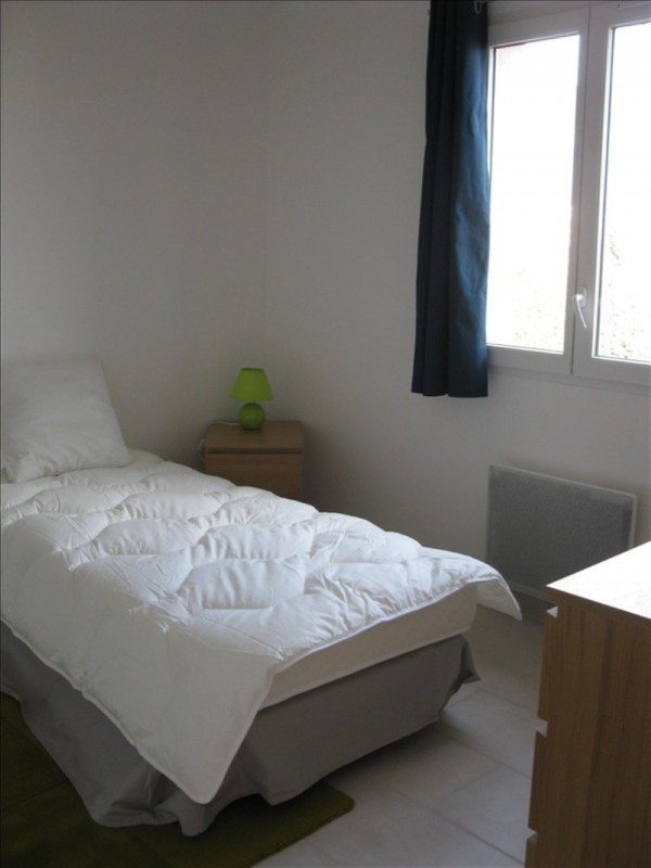 Location maison / villa Volx 1 140€ CC - Photo 5