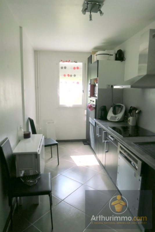 Sale apartment Savigny le temple 130000€ - Picture 2