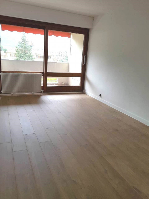 Rental apartment Gaillard 1 760€ CC - Picture 3