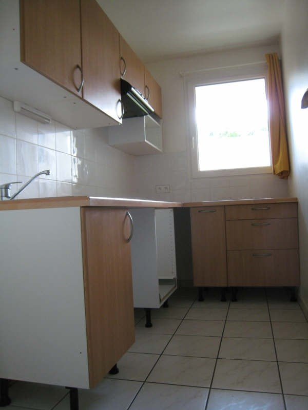 Location appartement Osny 760€ CC - Photo 3