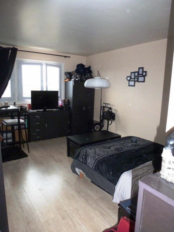 Rental apartment Elancourt 581€ CC - Picture 1