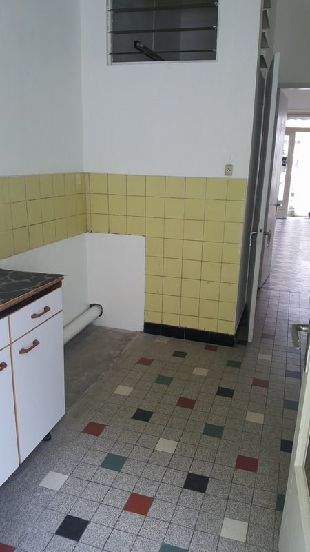 Location local commercial St denis 650€ CC - Photo 6