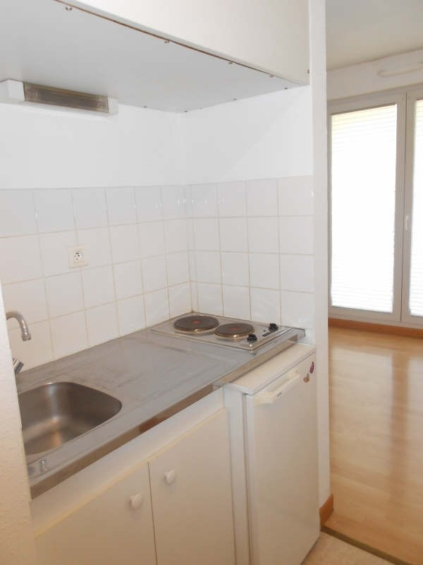 Location appartement Niort 326€ CC - Photo 2