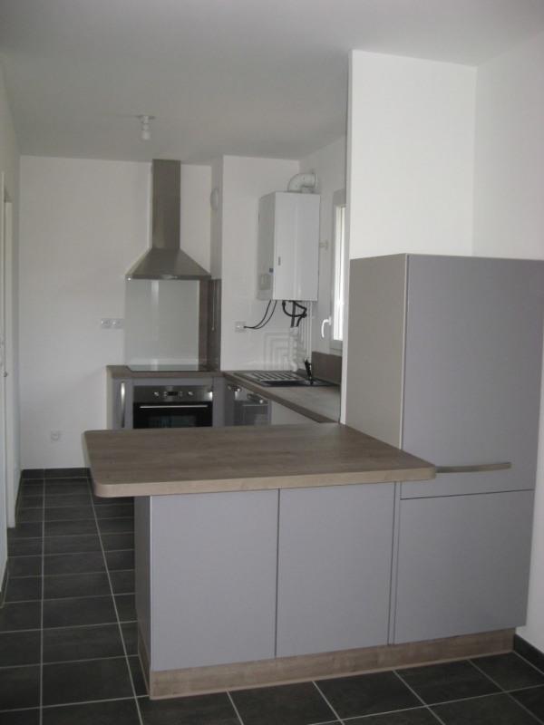 Location appartement Crest 731€ CC - Photo 3