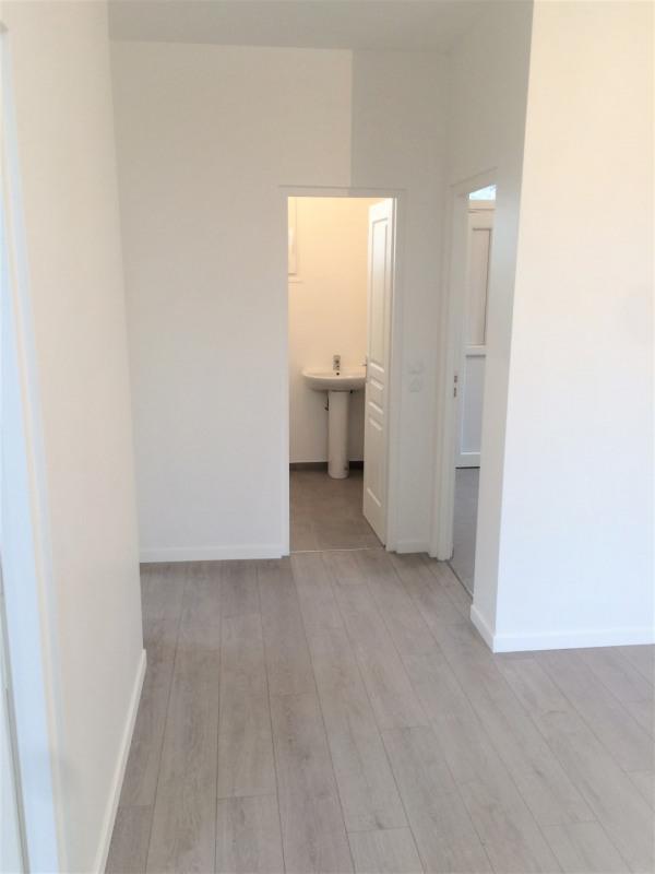 Rental house / villa Montigny-lès-cormeilles 930€ CC - Picture 3