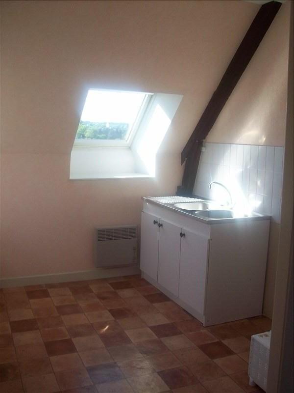 Location appartement Guingamp 350€ CC - Photo 3