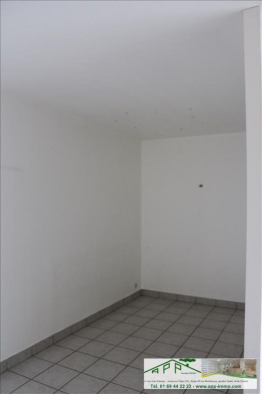 Rental apartment Vigneux sur seine 600€ CC - Picture 2
