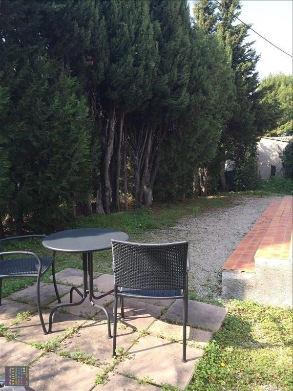Location maison / villa Salon de provence 1200€ CC - Photo 2