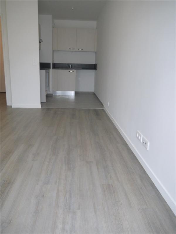 Locação apartamento Acheres 743€ CC - Fotografia 3