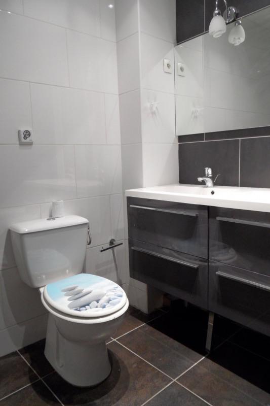 Rental apartment Paris 8ème 3350€ CC - Picture 10