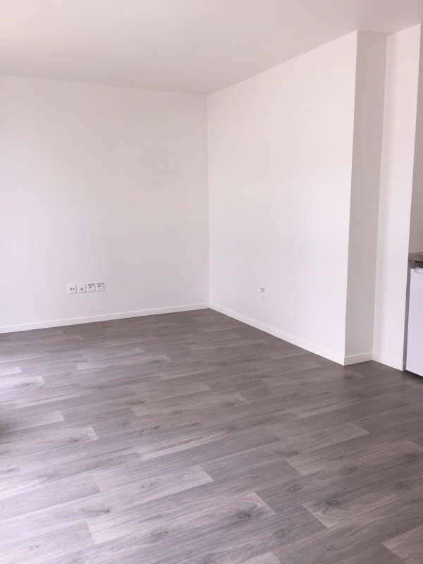 Location appartement Carrieres sous poissy 600€ CC - Photo 3