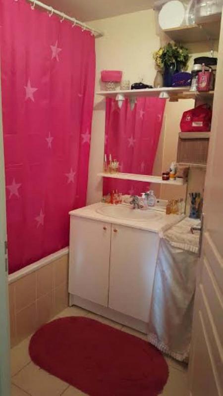 Verkoop  appartement Marignier 169000€ - Foto 5