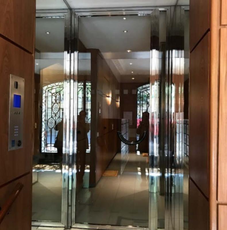 Rental office Paris 7ème 1580€ +CH/ HT - Picture 5