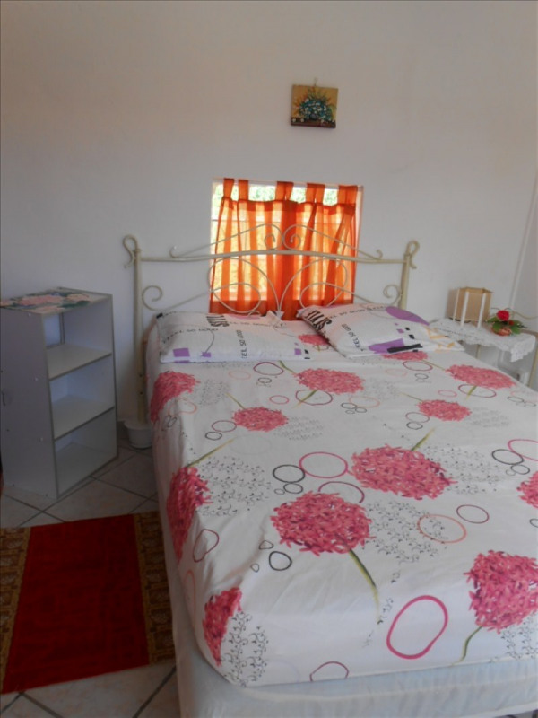 Location appartement Gourbeyre 650€ CC - Photo 4