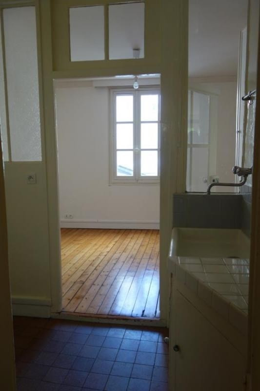 Location appartement Versailles 1 150€ CC - Photo 6