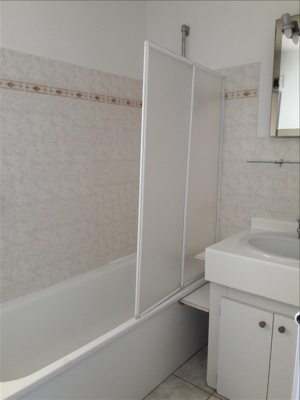 Rental apartment Yenne 550€ CC - Picture 5