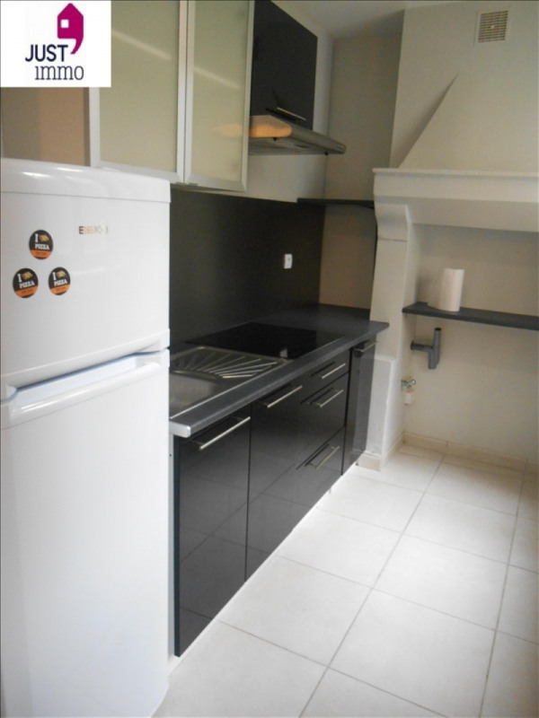 Rental apartment Troyes 440€ CC - Picture 3