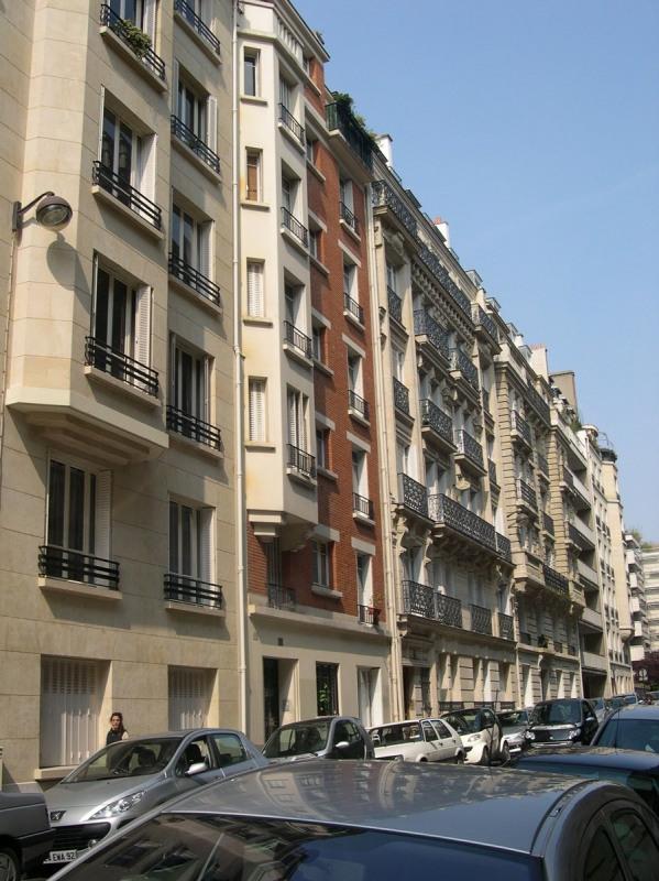 Location appartement Paris 16ème 1444€ CC - Photo 1