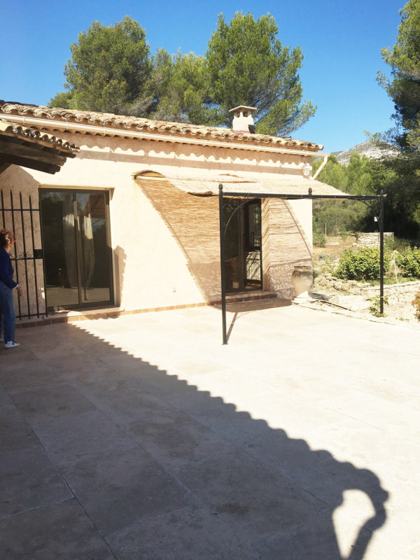 Location maison / villa Aubagne 2 700€+ch - Photo 4