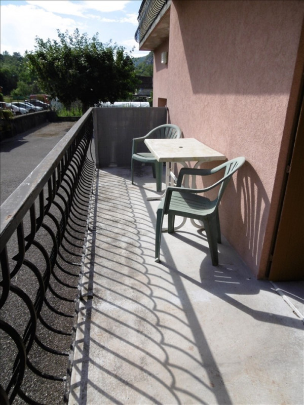 Sale apartment Yenne 136000€ - Picture 3