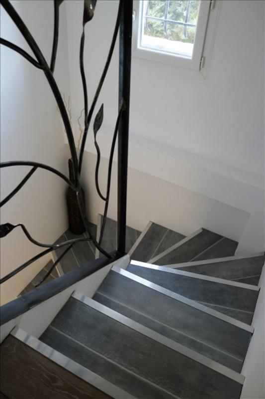 Sale house / villa St esteve janson 345000€ - Picture 6