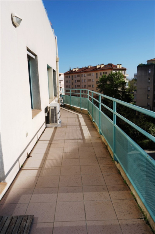 Location local commercial Hyeres 1 100€ +CH/ HT - Photo 5