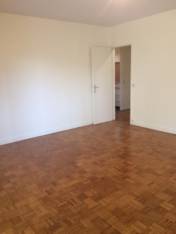 Rental apartment Neuilly-sur-seine 3500€ CC - Picture 3