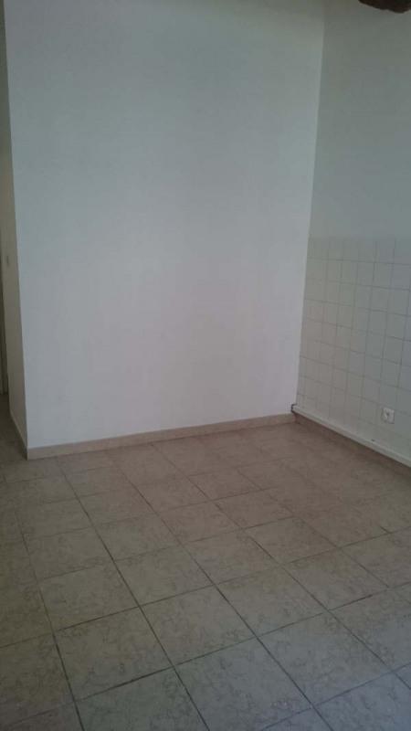 Rental apartment Nimes 385€ CC - Picture 8