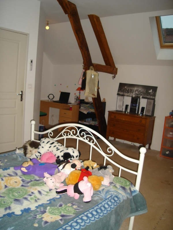 Sale house / villa Mere 70000€ - Picture 4
