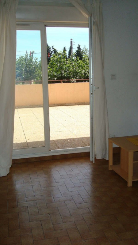 Rental apartment Nimes 370€ CC - Picture 7