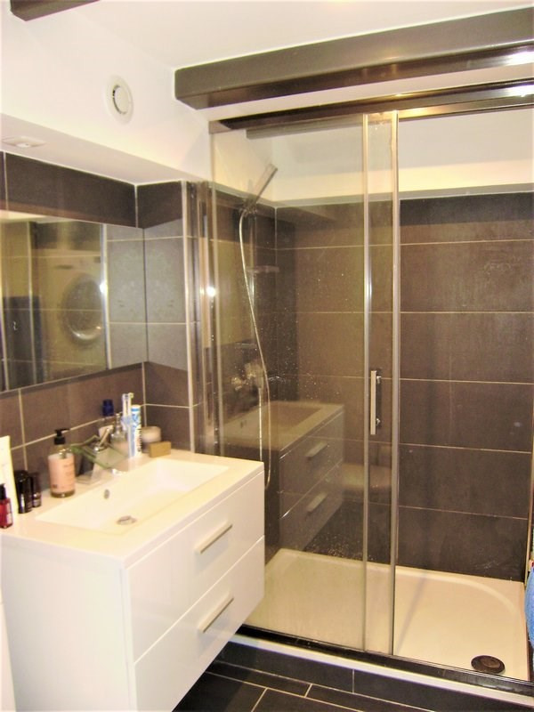 Sale apartment St genis les ollieres 220 000€ - Picture 5
