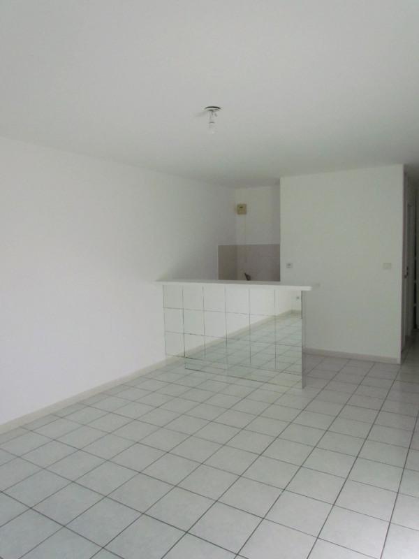 Rental apartment La queue en brie 599€ CC - Picture 2