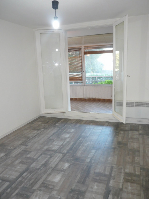 Location appartement La seyne sur mer 550€ CC - Photo 2