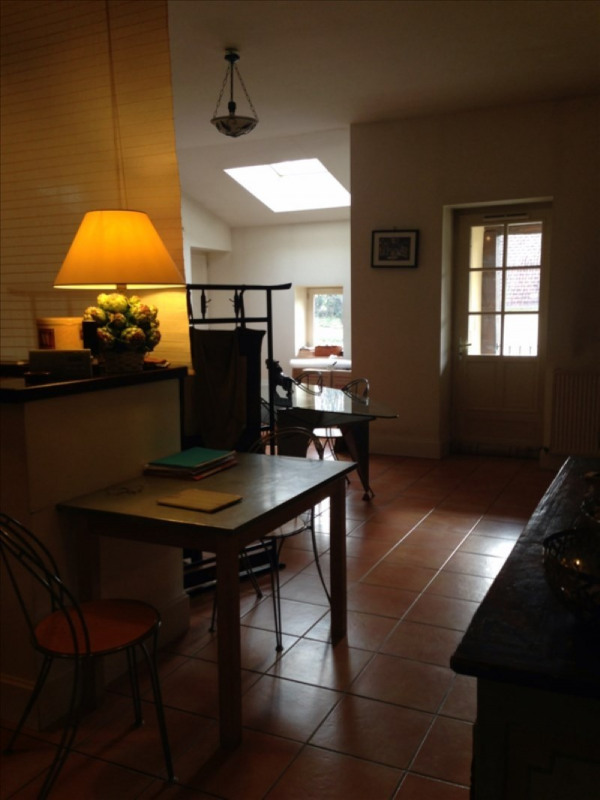 Location appartement Assieu 950€ CC - Photo 3